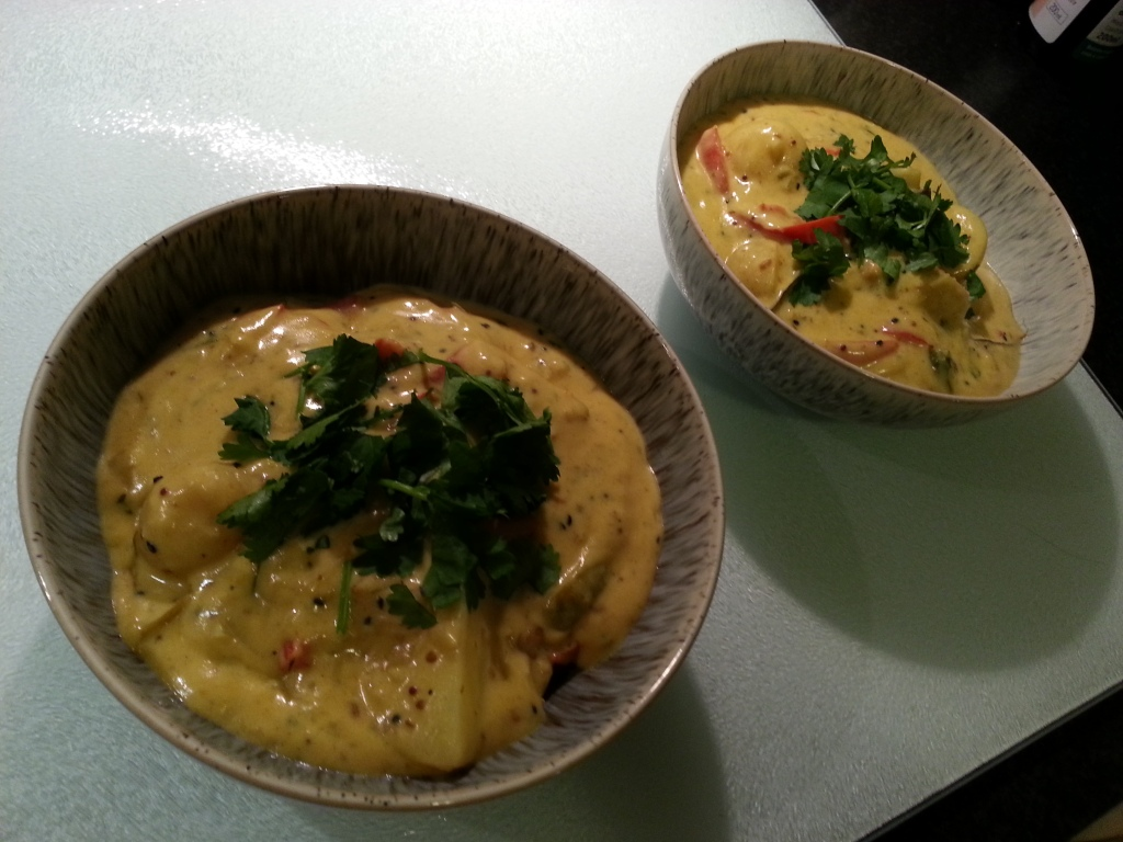 Kadi - A curry made with yoghurt, vegetables and Pakoras